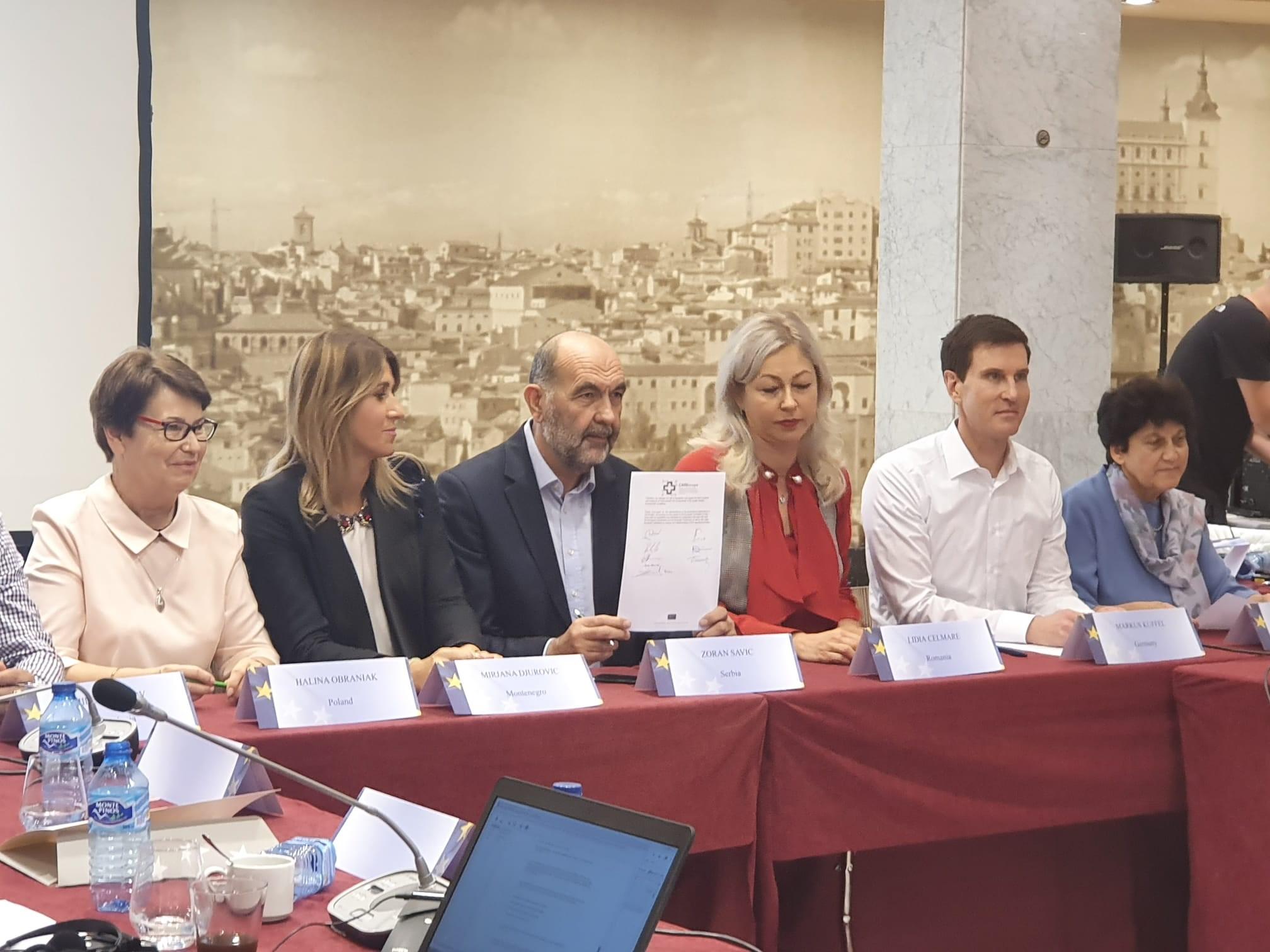 Debido a la creciente demanda de atención a las personas mayores, CSIT UNIÓN PROFESIONAL ha reclamado una regulación para los trabajadores de la salud y los cuidados asistenciales al Parlamento Europeo.