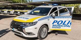 Traslado de pacientes COVID-19 en vehículos policiales