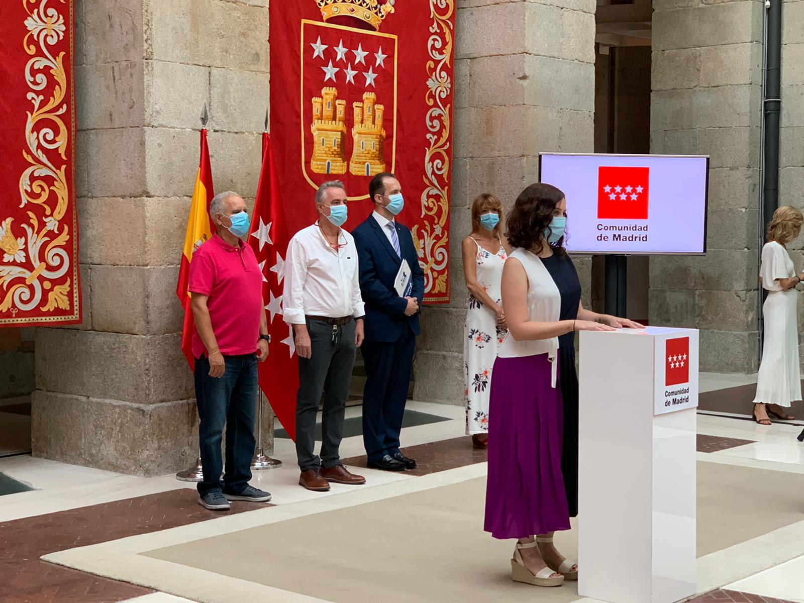 Ayuso durante el acto de firma de Acuerdo de Teletrabajo 24/07/2020