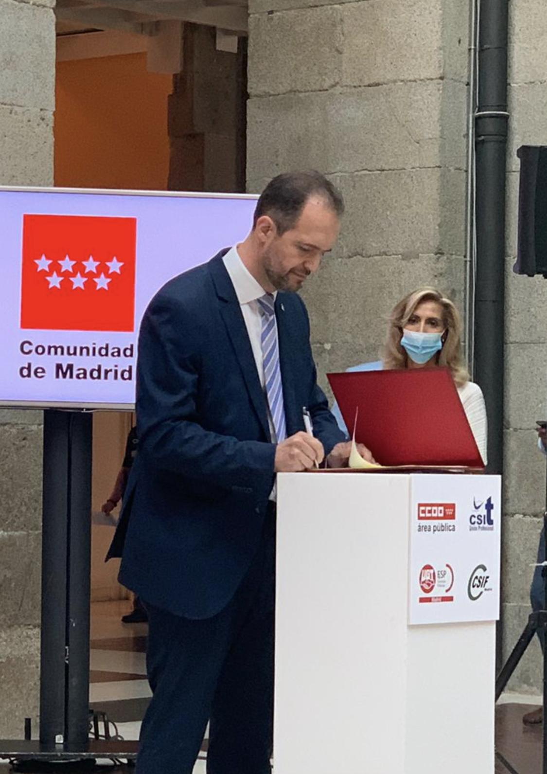Secretario General de CSIT UNIÓN PROFESIONAL firma el Acuerdo de Teletrabajo 24/07/2020